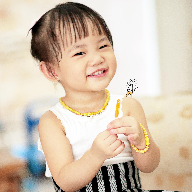 Panduan Belanja Kalung Amber Tumbuh Gigi Bayi