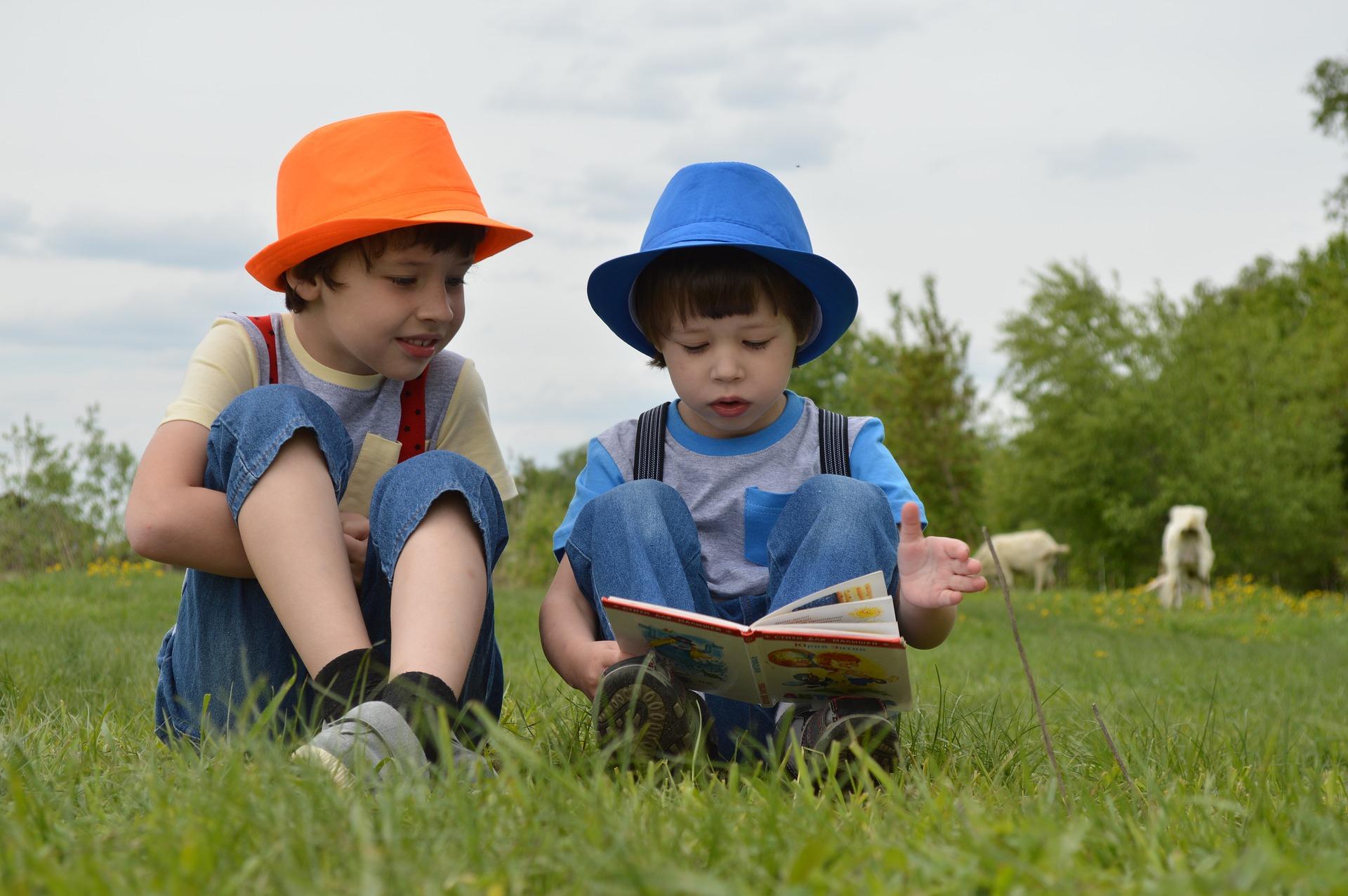 Pilih Buku yang Tepat untuk Anak Usia Tiga hingga Lima Tahun