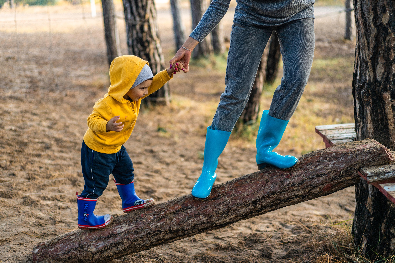 Gaya Mengasuh Anak dan Dampaknya pada Anak (Bagian 4)
