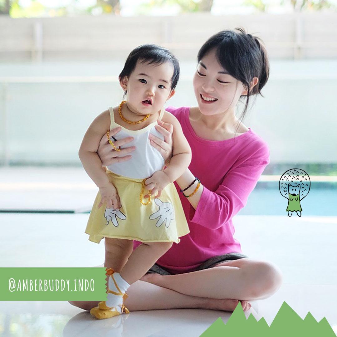 Kalung Ibu, Kalung Bayi dari Baltic Amber