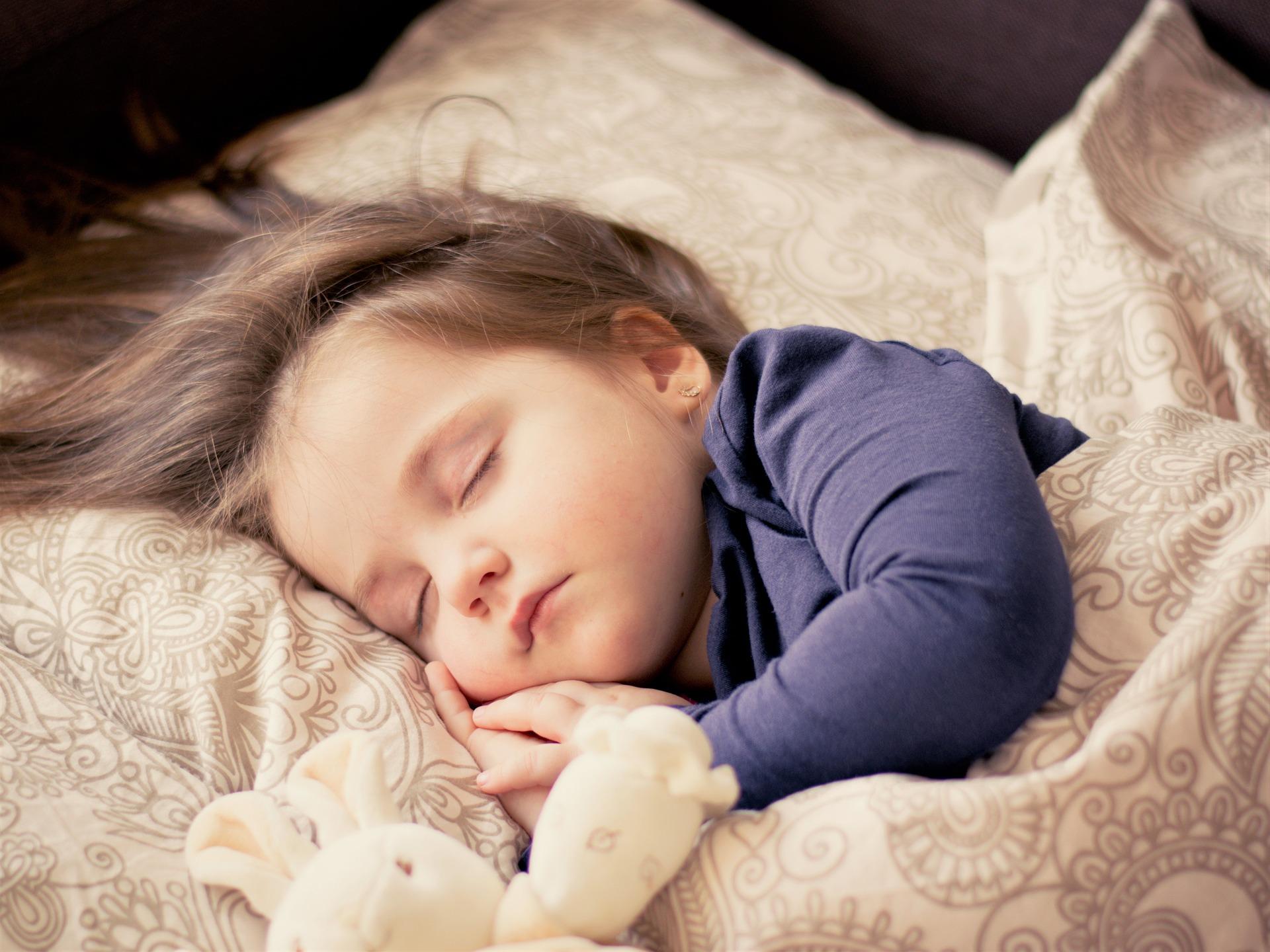 Mitos Tidur Bayi